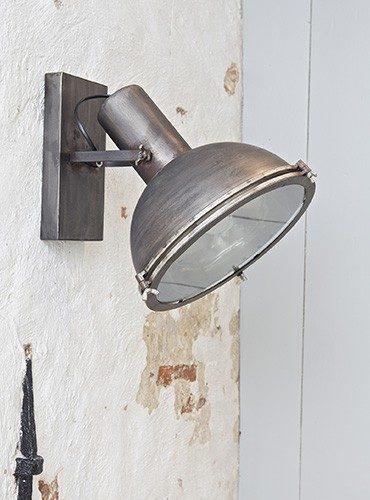 Spotlight wandlamp