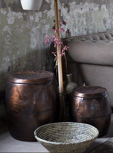 Scarflower stool Dutch Bone
