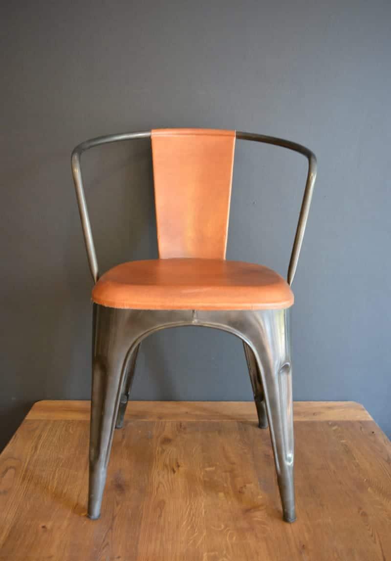 Industri le stoel met vintage uitstraling pure wood for Stoel metalen frame