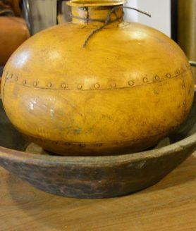 Waterpot geel
