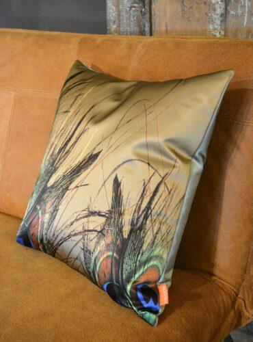 Cushion Feathers - Pure Wood