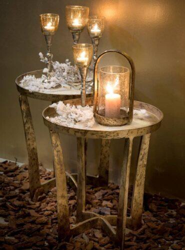 Leuke sfeerfoto van dit mooie tafeltje
