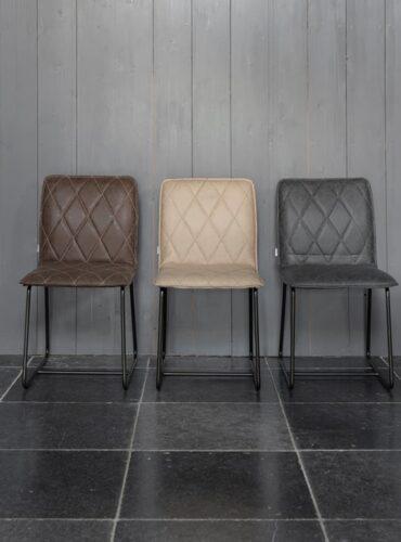 Sfeerfoto van deze 3 mercy stoelen