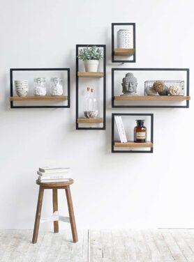 leuke sfeerfoto van deze shelfmate planken op een witte muur