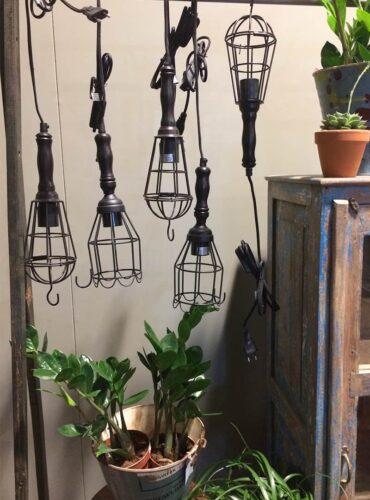 Hanglamp worker