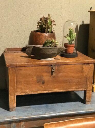 Wooden box uniek