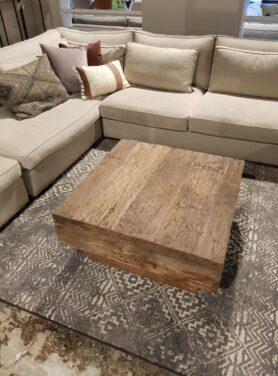 Salontafel-blok-robuust-oud-hout