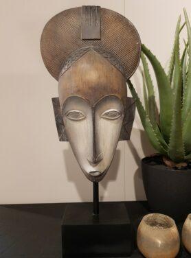 Ornament-masker-bruin-met-wit-2