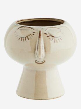 Madam Stoltz flower pot faceS2