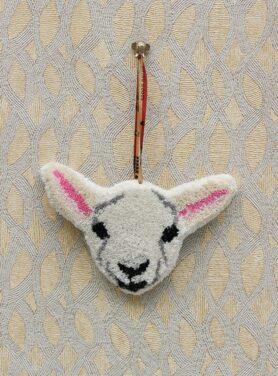 wandhanger-woolly-lamp